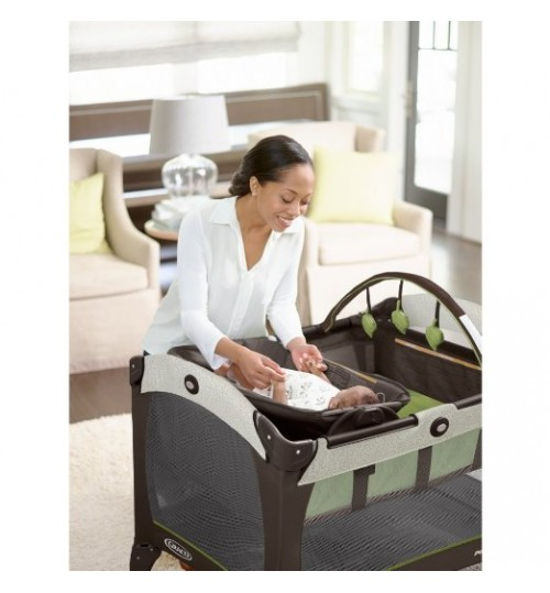 Graco Pack 'n Play On the Go Travel Playard