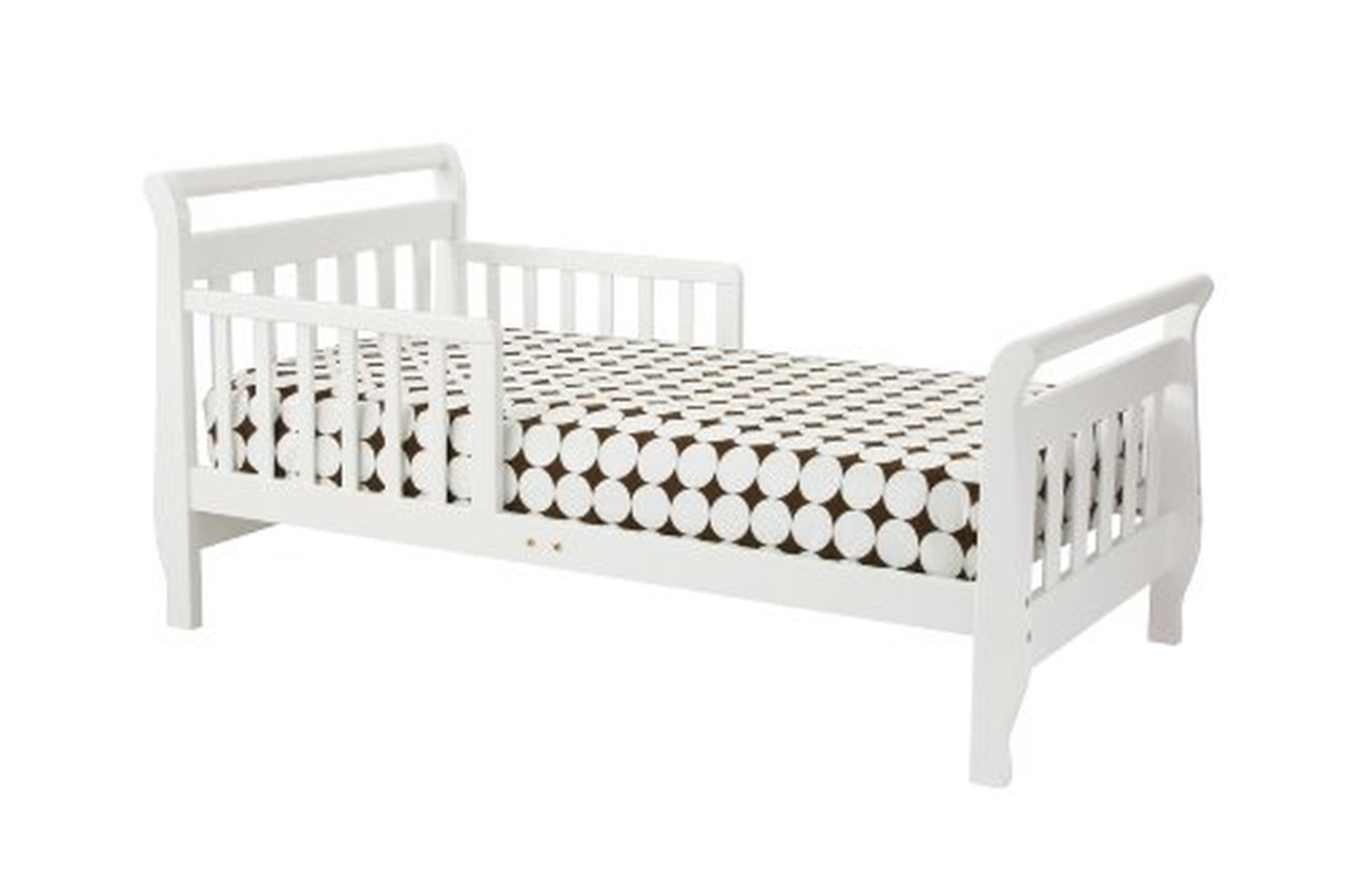 Sleigh Bed Includes Mattress & Sheets
